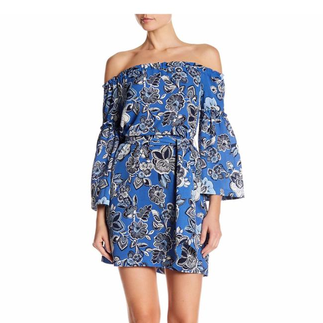 Preload https://img-static.tradesy.com/item/24216901/laundry-by-shelli-segal-blue-floral-print-off-the-shoulder-short-casual-dress-size-0-xs-0-1-650-650.jpg