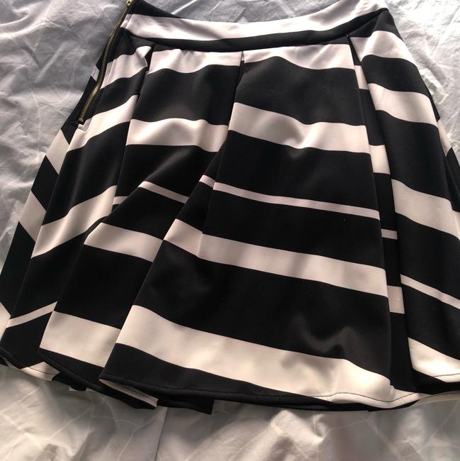 Collective Concepts Skirt Black and beige Image 1