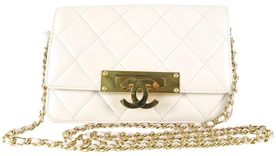 ef7b64b0e7a4 Chanel Quilted Wallet On A Chain Cream Lambskin Leather Cross Body Bag