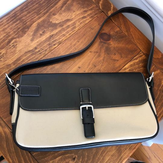 Coach Leather Black and Tan Clutch Image 3
