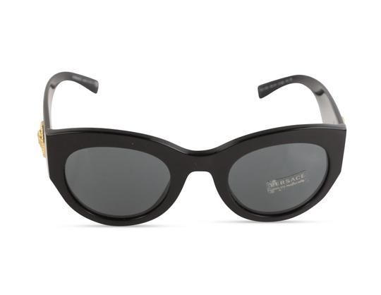 Preload https://img-static.tradesy.com/item/24217594/versace-black-tribute-sunglasses-0-3-540-540.jpg