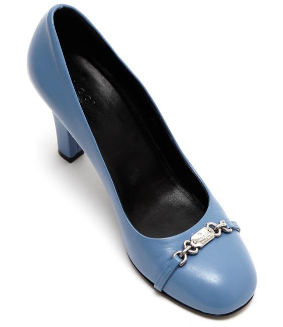 Item - Blue Leather Round Toe Silver Signature Name Plate Pumps Size EU 38 (Approx. US 8) Regular (M, B)