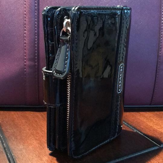 Coach Patent Leather Wallet Image 1