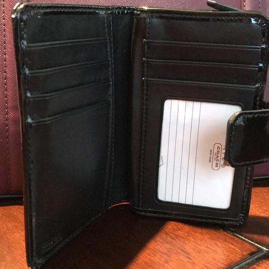 Coach Patent Leather Wallet Image 5
