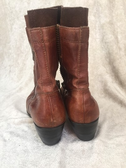 Brn brown Boots Image 4