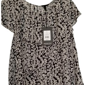 Who What Wear x Target New With Tags Plus-size Flutter-sleeved T Shirt Black and white