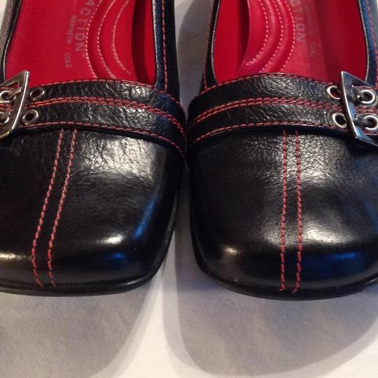 Kenneth Cole Reaction black red stitching Pumps