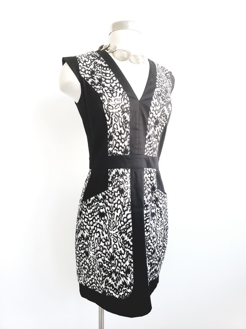 French Connection short dress Black&White V-neck Evening Fitted on Tradesy
