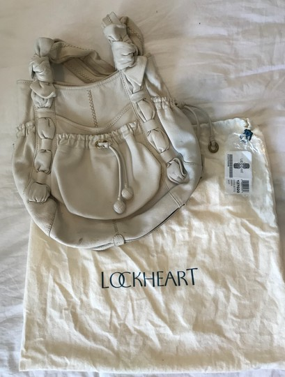 Lockheart Tote in Off white
