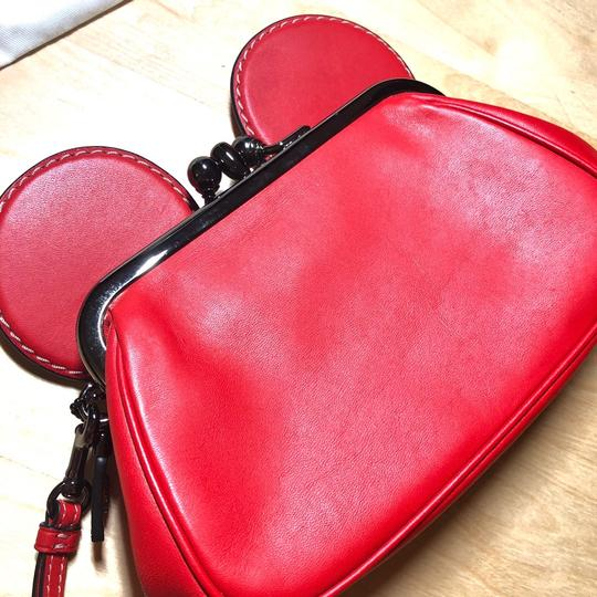 Coach 1941 Red Clutch