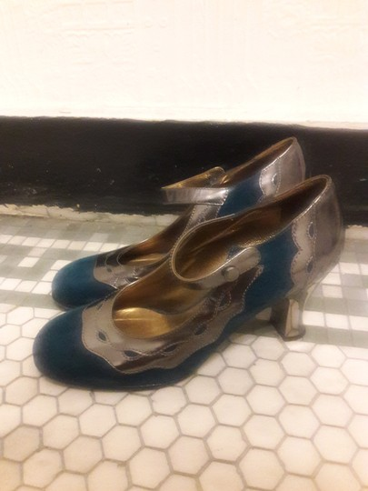 Anna Sui Mary Jane Teal and Silver/Gunmetal metallic Pumps
