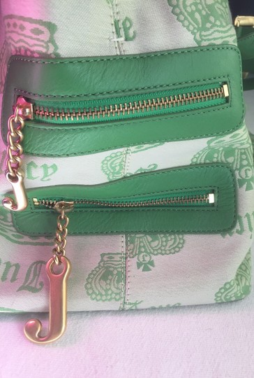 Juicy Couture Mirror Pockets Keychain Scarf Tote in Green