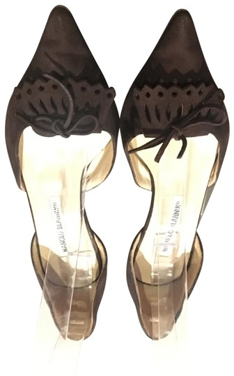 Preload https://img-static.tradesy.com/item/24220150/manolo-blahnik-brown-suede-pointed-tassel-toe-bow-d-orsay-pumps-good-condition-wear-on-soles-comes-f-0-1-540-540.jpg