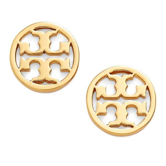 Preload https://img-static.tradesy.com/item/24220242/tory-burch-rosegold-new-small-gold-circle-logo-studs-earrings-0-0-540-540.jpg