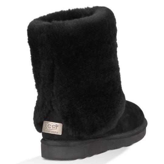 Preload https://img-static.tradesy.com/item/24220286/ugg-australia-black-w-patten-bootsbooties-size-us-6-regular-m-b-0-1-540-540.jpg