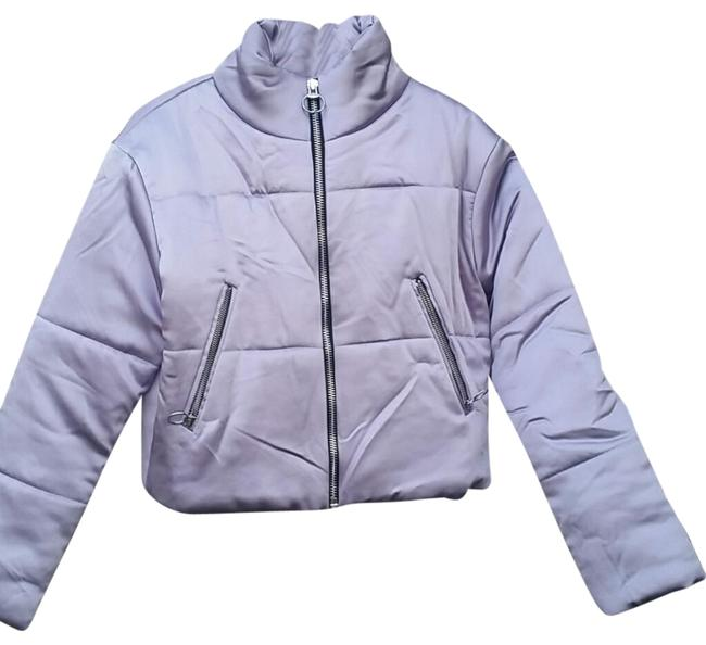 Preload https://img-static.tradesy.com/item/24220325/topshop-purple-lilac-cropped-puffer-jacket-with-silver-hardware-coat-size-2-xs-0-1-650-650.jpg