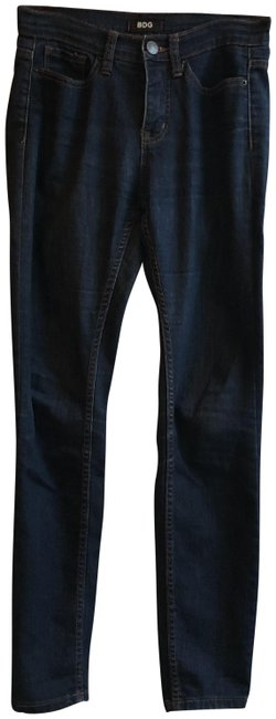Preload https://img-static.tradesy.com/item/24220408/bdg-blue-dark-rinse-high-cigarette-ankle-capricropped-jeans-size-26-2-xs-0-1-650-650.jpg