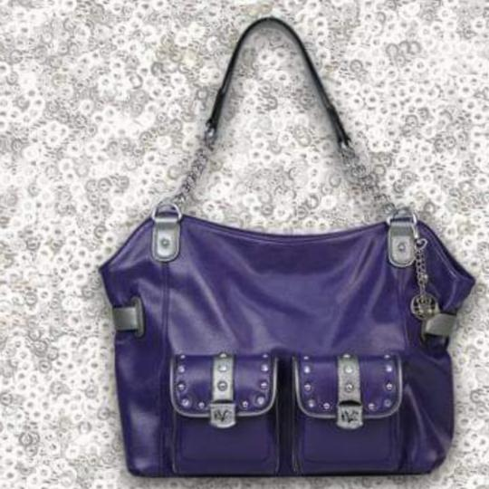 Preload https://img-static.tradesy.com/item/24220428/kathy-van-zeeland-by-with-chain-on-handles-purple-and-silver-faux-leather-tote-0-1-540-540.jpg