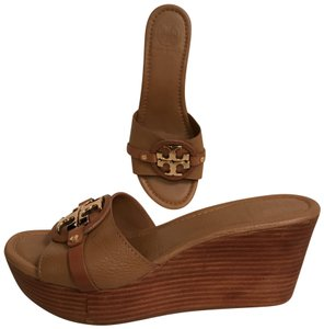 Tory Burch Leather Platform Wedge Comfortable Designer Beige Gold Sandals