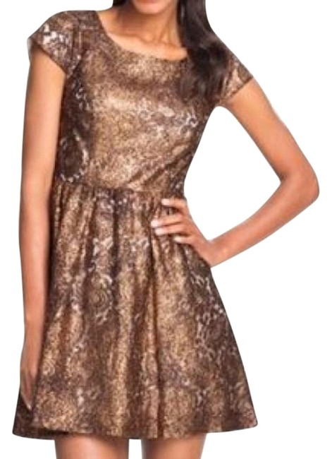 Preload https://img-static.tradesy.com/item/24220546/kensie-bronze-floral-lace-overlay-short-cocktail-dress-size-8-m-0-1-650-650.jpg