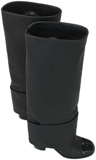 Preload https://img-static.tradesy.com/item/24220627/chanel-black-extremely-rare-bootsbooties-size-eu-40-approx-us-10-regular-m-b-0-1-540-540.jpg