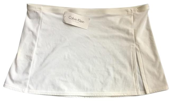 Preload https://img-static.tradesy.com/item/24220633/calvin-klein-white-swim-activewear-bottoms-size-12-l-32-33-0-1-650-650.jpg