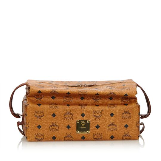 Preload https://img-static.tradesy.com/item/24221480/mcm-brown-visetos-leather-pouch-wallet-0-0-540-540.jpg