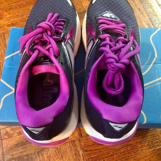 Brooks black/ purple Athletic