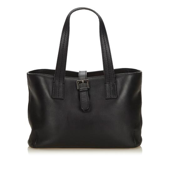 Preload https://img-static.tradesy.com/item/24221551/burberry-black-leather-x-others-tote-0-0-540-540.jpg