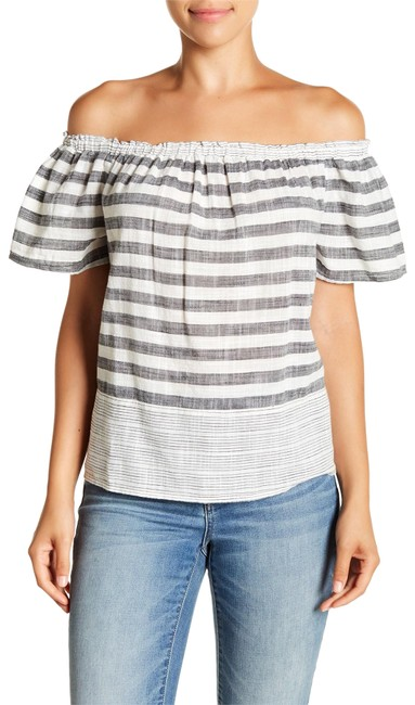Preload https://img-static.tradesy.com/item/24221666/lucky-brand-grey-white-women-s-off-the-shoulder-striped-large-blouse-size-14-l-0-1-650-650.jpg