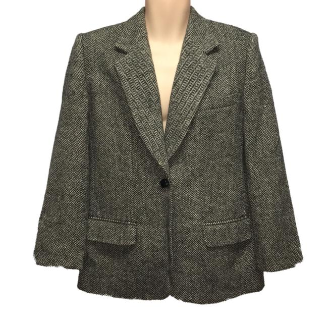 Preload https://img-static.tradesy.com/item/24221689/giorgio-sant-angelo-herringbone-gray-wool-blazer-size-10-m-0-0-650-650.jpg