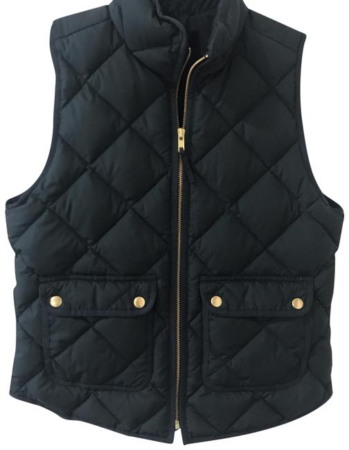 Preload https://img-static.tradesy.com/item/24221784/jcrew-forest-shadow-excursion-vest-size-petite-6-s-0-1-650-650.jpg