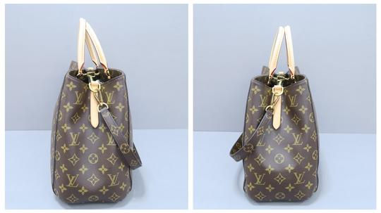 Louis Vuitton Lv Monogram Montaigne Gm Canvas Satchel in brown