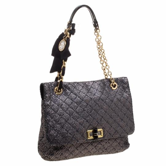 Preload https://img-static.tradesy.com/item/24221811/lands-end-metallic-quilted-ceramic-effect-happy-grey-leather-and-satin-shoulder-bag-0-0-540-540.jpg