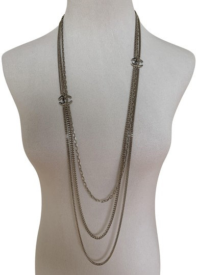 Preload https://img-static.tradesy.com/item/24221822/chanel-silver-double-cc-logo-crystal-charm-station-tone-chain-long-nec-necklace-0-1-540-540.jpg