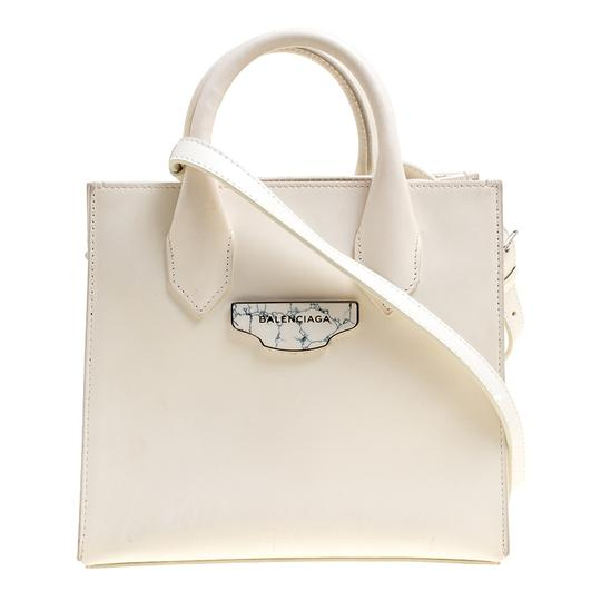 Preload https://img-static.tradesy.com/item/24221961/balenciaga-mini-all-afternoon-white-leather-tote-0-0-540-540.jpg