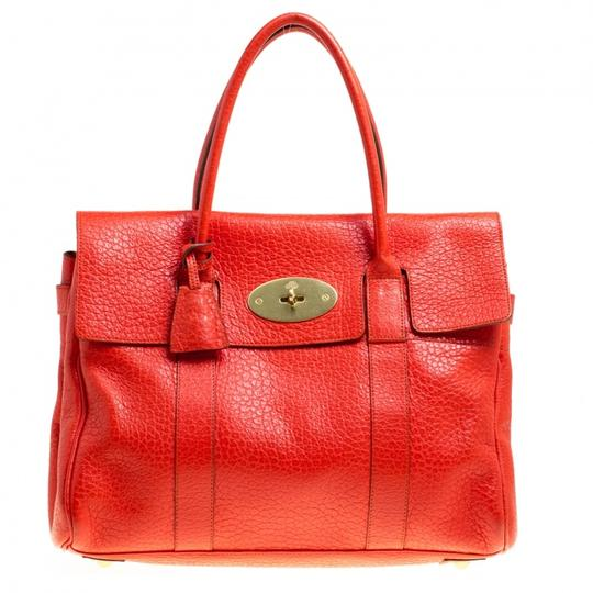 Preload https://img-static.tradesy.com/item/24222058/mulberry-bayswater-orange-leather-satchel-0-0-540-540.jpg