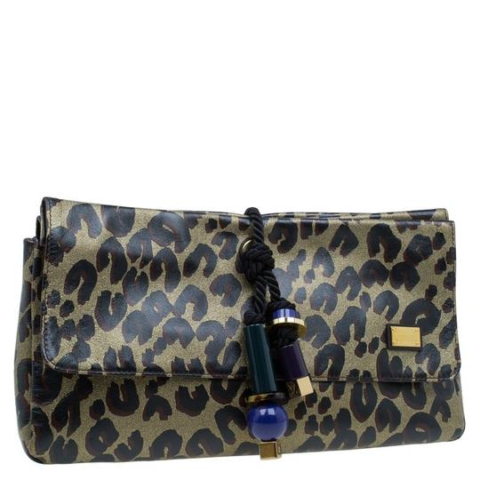 Preload https://img-static.tradesy.com/item/24222198/louis-vuitton-limited-edition-leopard-nocturne-african-queen-multicolour-leather-clutch-0-0-540-540.jpg