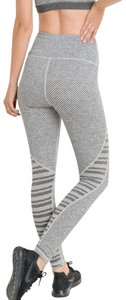 Mono B L Mono B Gray Yoga Leggings Squat Proof Performance Activewear DJ2243
