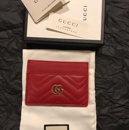 Gucci GG Marmont quilted leather cardholder Image 4