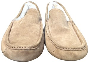 UGG Australia Leather Shearling Rubber Embossed Sole Mocs Tan Flats