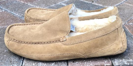 UGG Australia Leather Shearling Rubber Embossed Sole Mocs Tan Flats Image 2