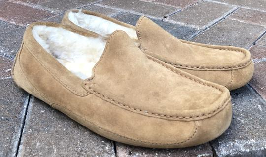 UGG Australia Leather Shearling Rubber Embossed Sole Mocs Tan Flats Image 7