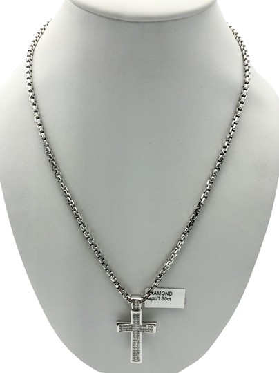 Other (047) 14K white gold diamond cross necklace Image 0