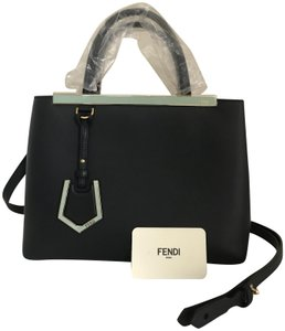 Fendi Totes on Sale - Up to 70% off at Tradesy 6925d5bcd3