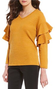 Gibson & Latimer Ruffles Tiered Designer Sweater