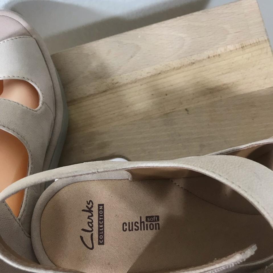 22e127bfe29 Clarks Reedly Juno Leather Wedge 8.5w New Store Display Sandals Size US 8.5  Wide (C