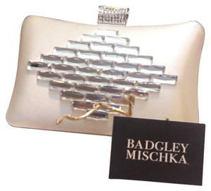 Badgley Mischka Ivory / Cream Clutch