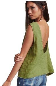 Reformation Top green
