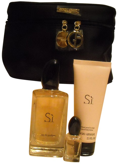 Giorgio Armani 3 Piece Si Gift Set + Train Case Fragrance Giorgio Armani 3 Piece Si Gift Set + Train Case Fragrance Image 1